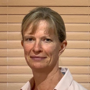 Registered Osteopath in Brighton and Hove Stephanie Witts